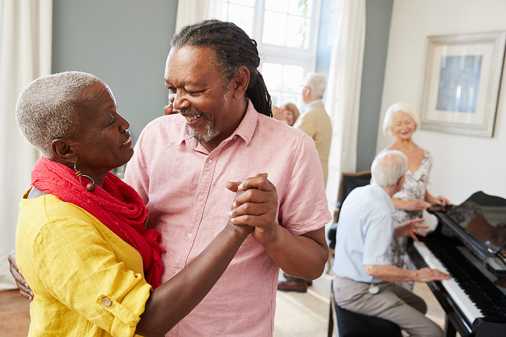 10 Fun and Engaging Summer Activities for Seniors
